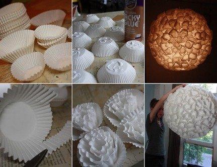 Lámpara de reciclaje hecha con papeles de magdalena