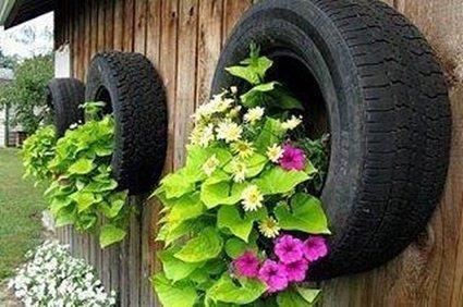 Decoración de terrazas y jardines con neumáticos usados