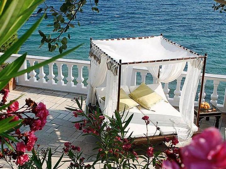 Un toque ex tico con la cama balinesa blog fiaka for Camas balinesas para jardin