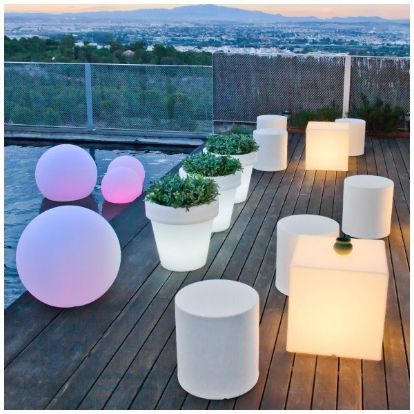 esferas de luz para decoracion de piscinas