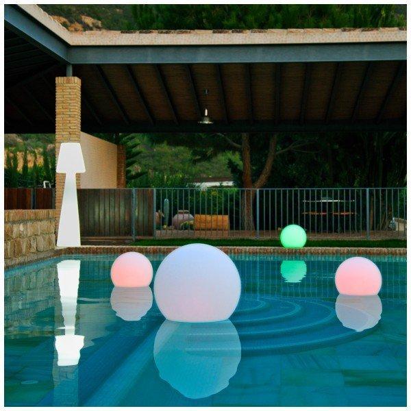 esferas iluminadas para piscinas