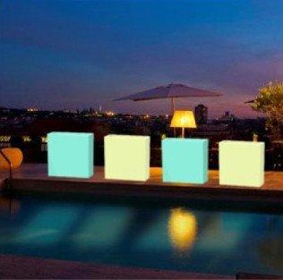 macetero iluminado para terrazas