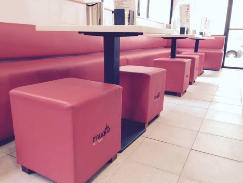 Muglia fast food decoraci n de franquicias for Franquicias de muebles
