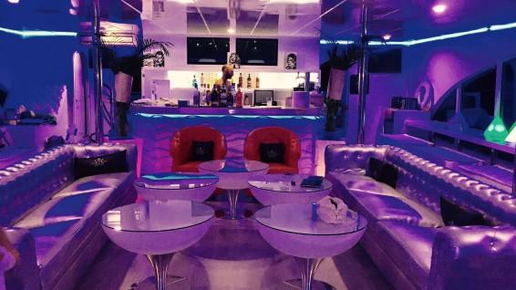 SALON PRINCIPAL - VIP BOAT EXCELLENCE