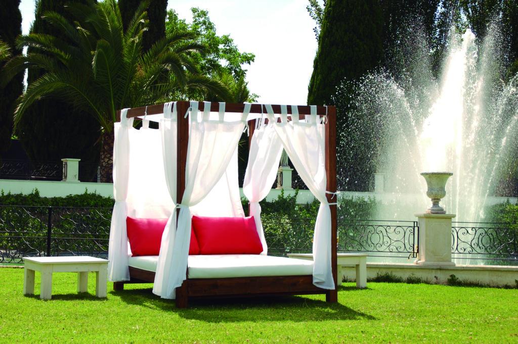 Consejos para la decoraci n de una piscina chill out lounge for Decoracion de casas balinesas