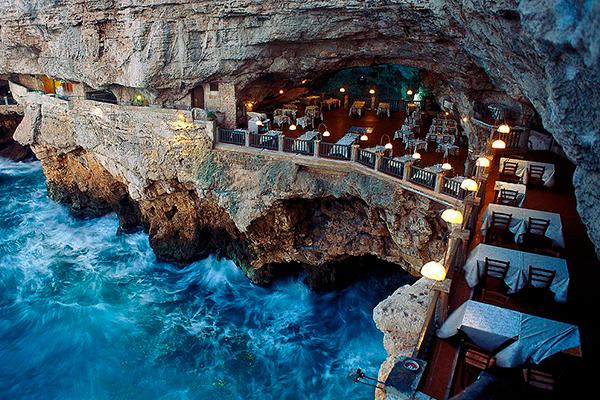 Restaurantes más originales - Grotta Palazzese, Polignano a Mare