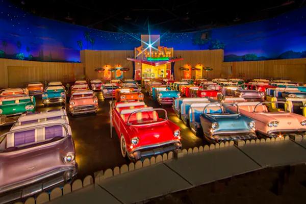 Restaurantes más originales - Sci-Fi Dine-In Theater en Orlando