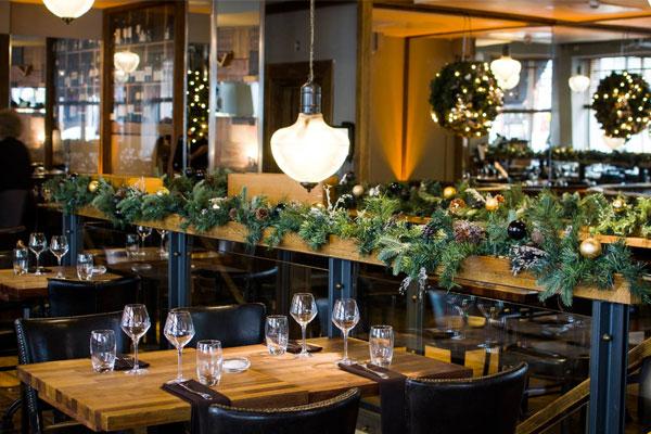 decorar-un-restaurante-en-navidad
