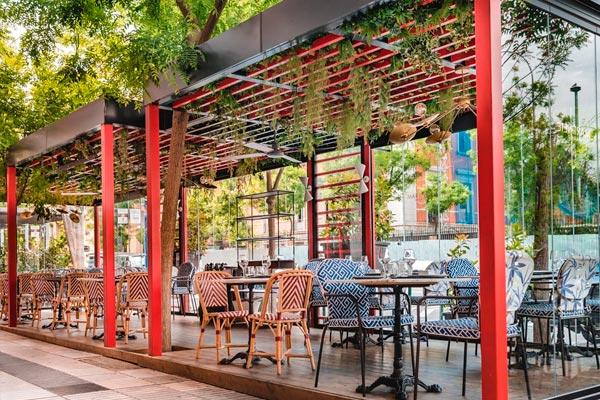 atraer-clientes-a-tu-restaurante-terraza