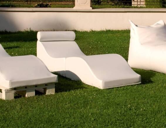 como-decorar-tu-terraza-muebles-funcionales