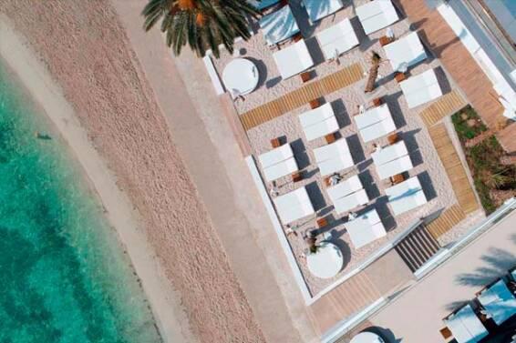 mobiliario-para-beach-club