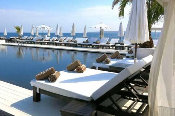 tumbonas-beach-club