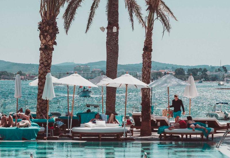 mejores-beach-clubs-ibiza