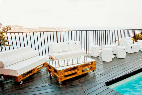 sofas-pales-piscina