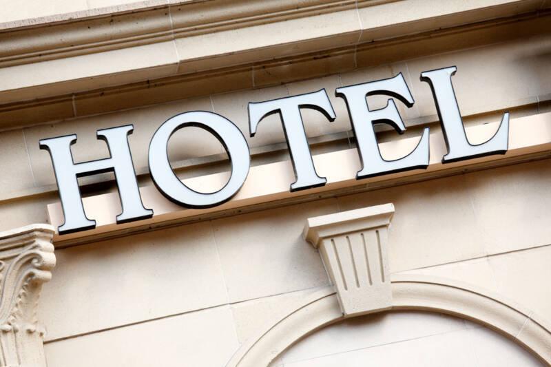 """¿Qué es una franquicia hotelera y qué ventajas tiene"""""""